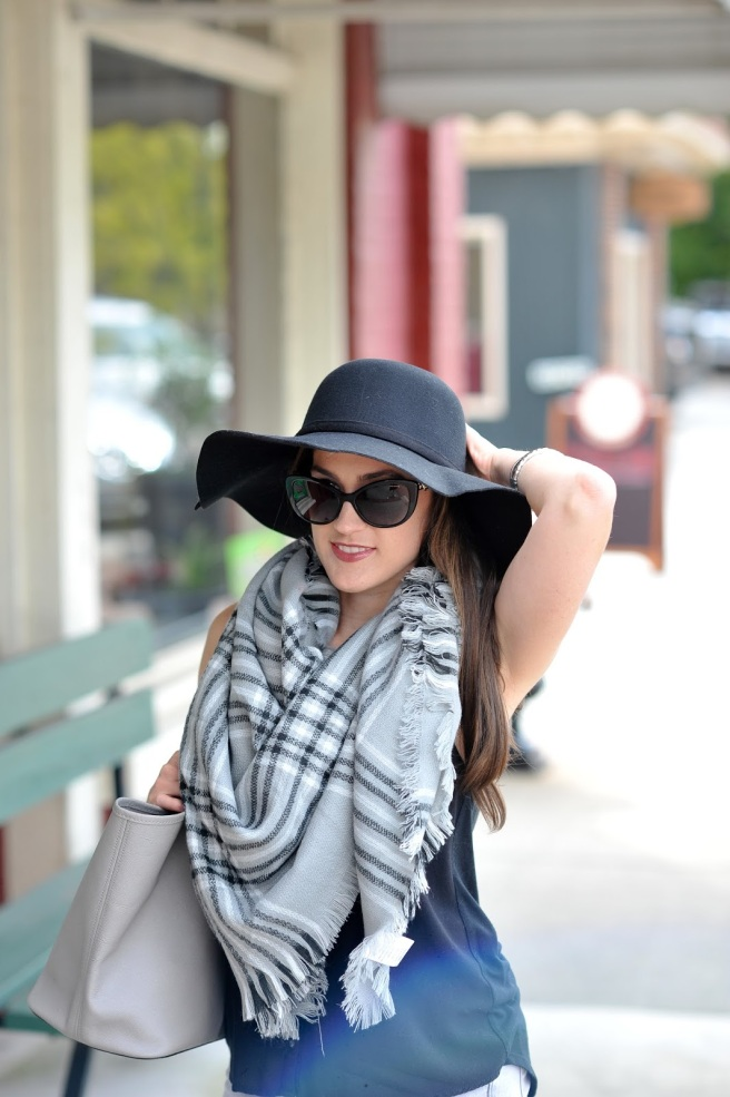 black and white blanket scarf